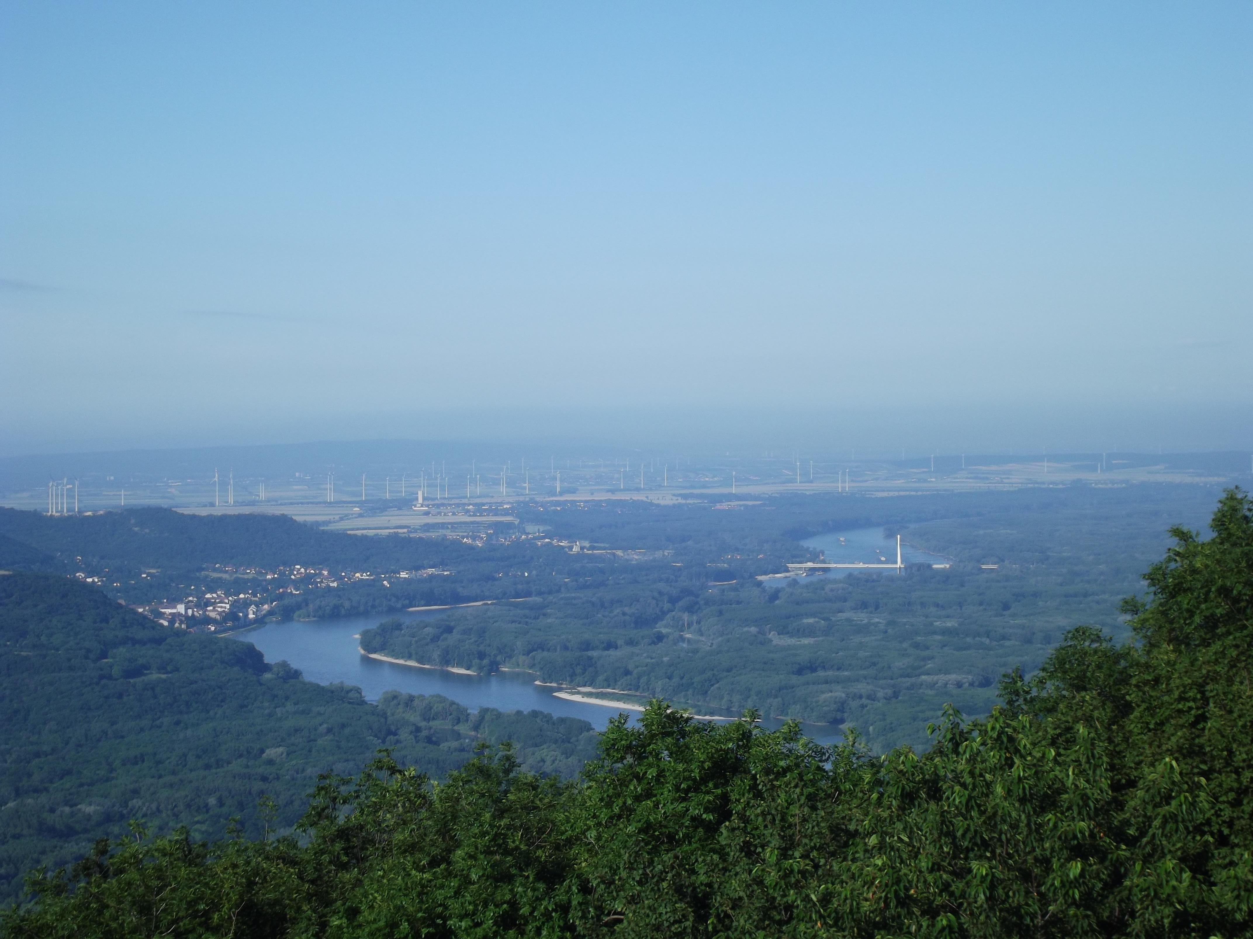 Vistas desde la montaña más alta de Bratislava
